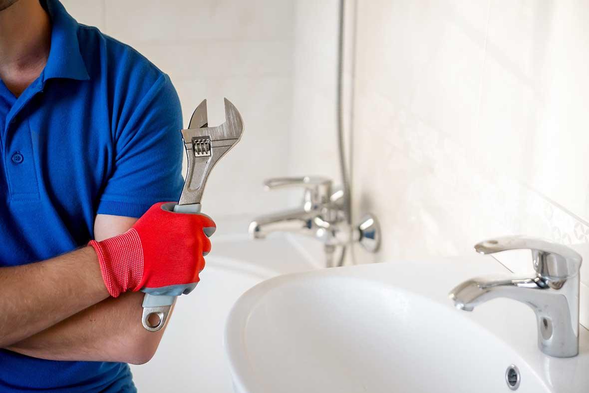 Expert en plomberie pour normalisation des installations