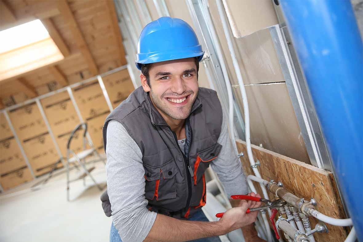 Technicien en rénovation de plomberie résidentielle